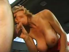 Simone a l'oeuvre French milf